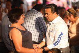 Luis Nava reconoció que las mamás son las personas son quienes dan fortaleza.