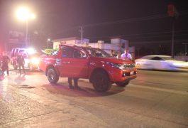 PELICULEZCA persecución entre tres camionetas. Fueron detenidos por Policías de Corregidora.