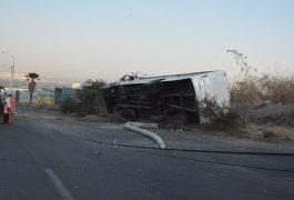 VUELCA camión en el boulevard de La Nación.