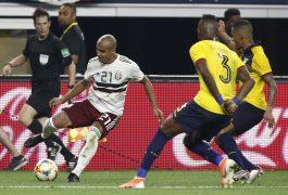 """Luis """"El Chaca"""" Rodríguez de México inicia un recorte ante la marca de jugadores ecuatorianos"""