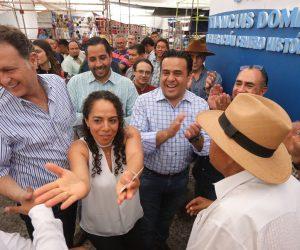 La Cruz será un mercado y tianguis moderno: LBN