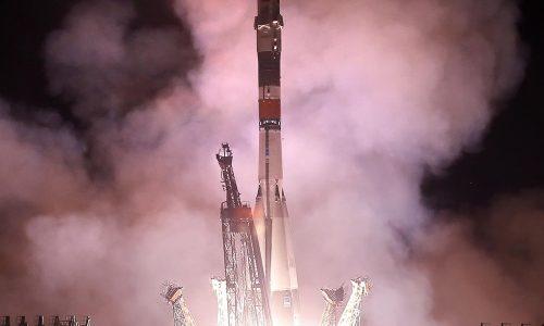 Nave Soyuz arriba a Estación Espacial en 50 aniversario de llegada a la Luna