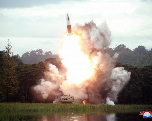 Pyongyang volvió a lanzar y probar nuevos proyectiles