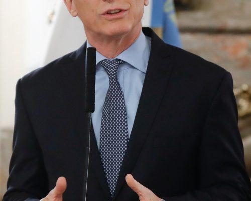 Gobernadores argentinos rechazan medidas anunciadas por Macri